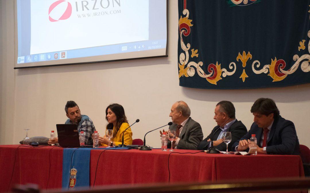 Irzón expone su experiencia en el Congreso Internacional de Despoblamiento en España.